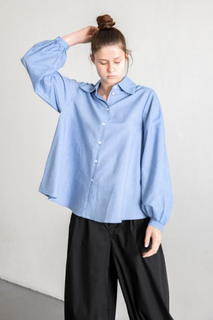 Lens Shirt in Sky Chambray