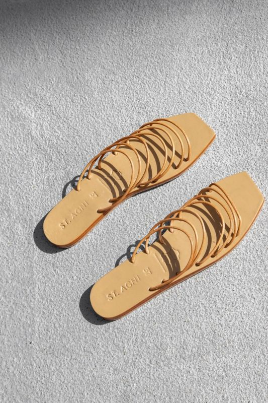 Seni Slide in Tan