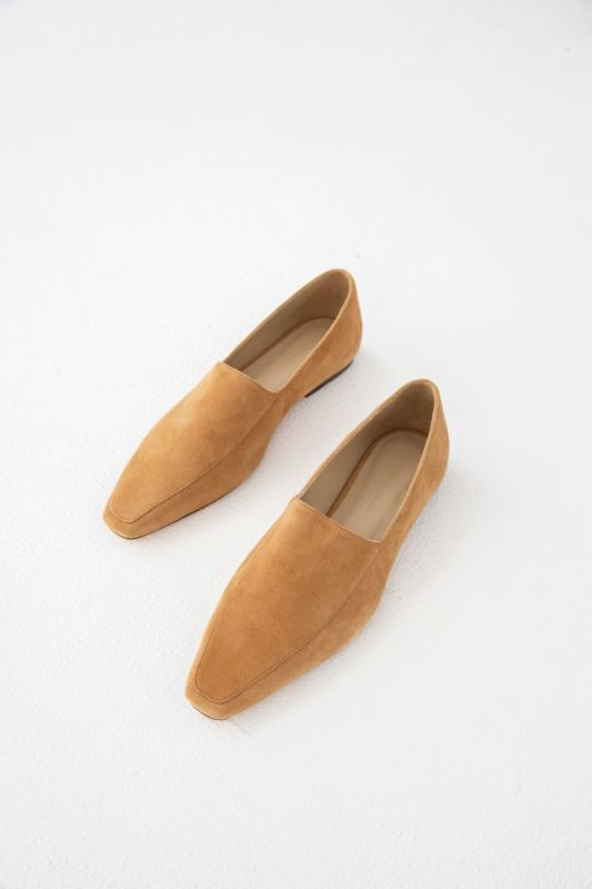 Madison Loafer in Tan
