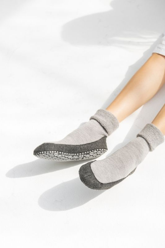 Cosyshoe Slipper in Light Grey