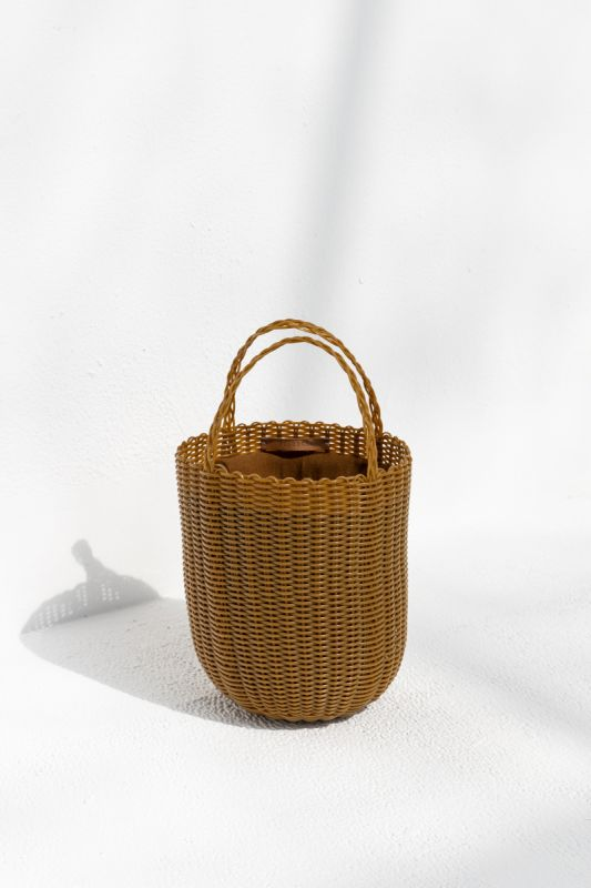 Small Bucket Tote Bag in Tobacco