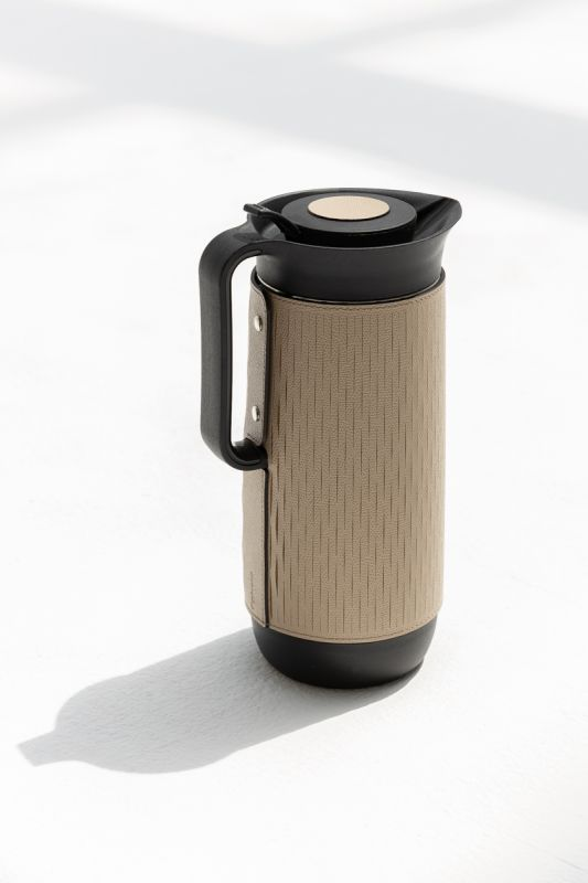 1000 ML Mocha Carafe in Taupe