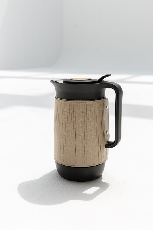 600 ML Mocha Carafe in Taupe