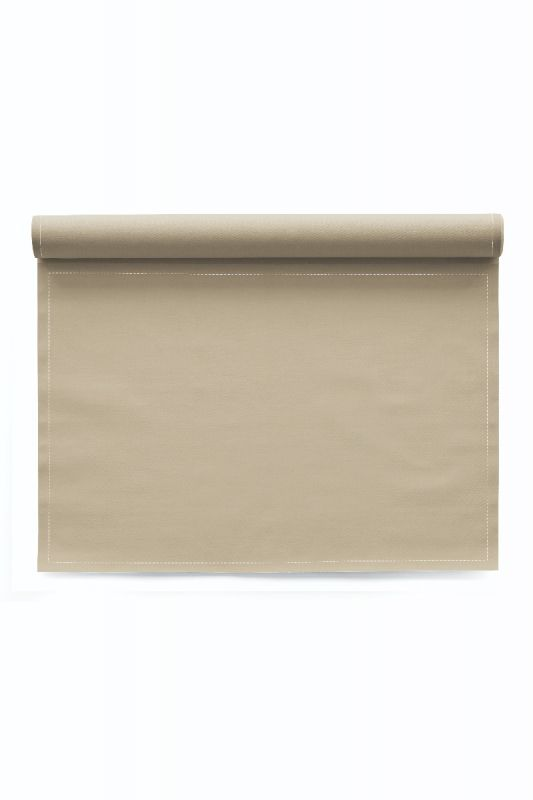 Roll of 12 Basics Cotton Placemats in Sand 48x32 CM